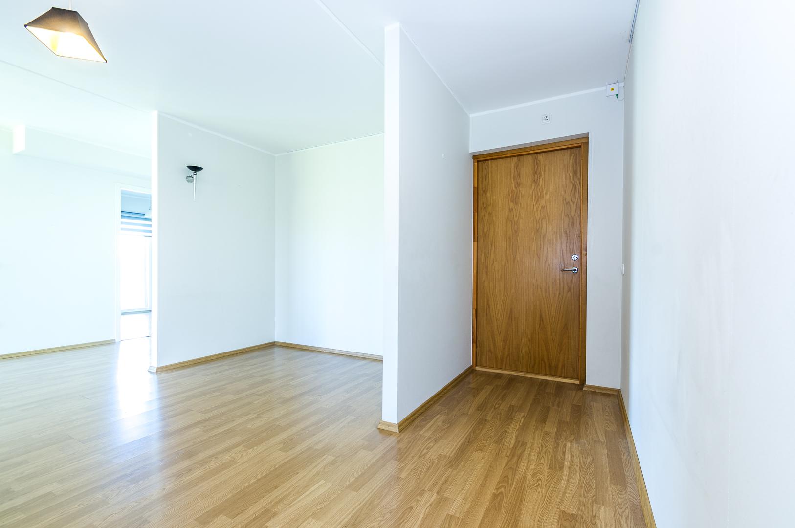 Klient soovib osta 4-toalist korterit Pärnus